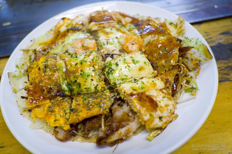 広島駅で食べるお好み焼「麗ちゃん」がかなりウマ~! #広島 #名物